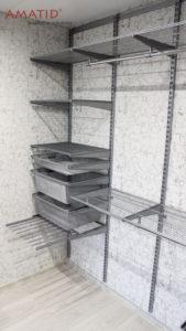 Встроенный шкаф-купе в гостиной. Наполнение, проект, фотографии.