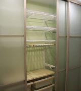 Встроенный шкаф-купе в спальне фотография